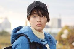 広瀬すず、瑛太らの運命が動き出す「anone」<第1話あらすじ>