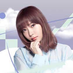 """モデルプレス - 指原莉乃×モー娘。""""サシニング娘。""""AKB48アルバムで禁断コラボ"""