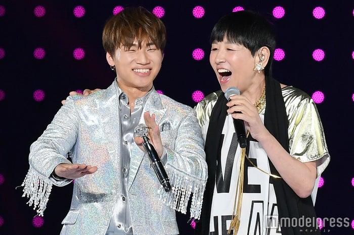 D-LITE(from BIGBANG)&和田アキ子(C)モデルプレス