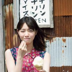西野七瀬、乃木坂46卒業後初の少年誌登場 色白素肌が眩しい