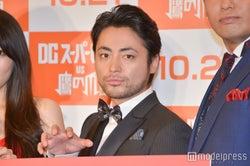 山田孝之、ワンオクTakaを見てニヤける「ヨダレ出てきたじゃねぇか」