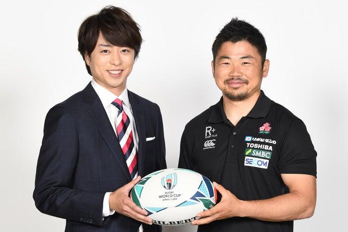 (左)櫻井翔(C)日本テレビ