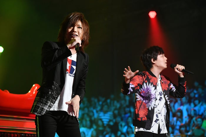 鬼龍院翔、三浦祐太朗『UTAGE!』秋のメドレー祭りより(C)TBS