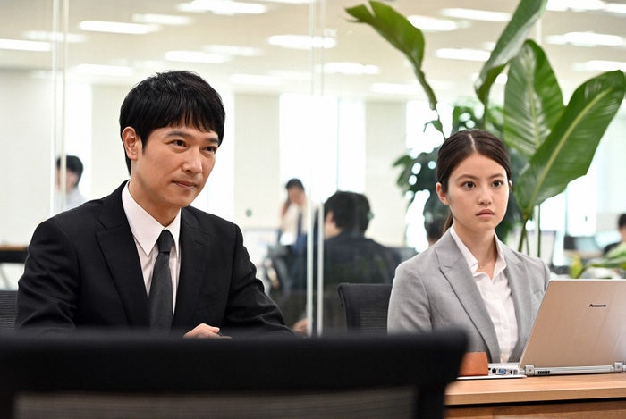 堺雅人、今田美桜/「半沢直樹」第4話より(C)TBS