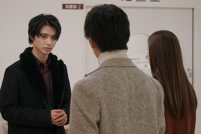 山崎賢人、新田真剣佑、新木優子(画像提供:日本テレビ)