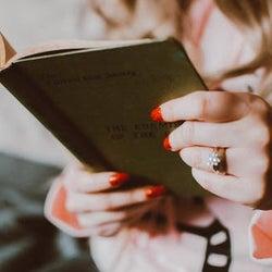 結婚指輪を「左手薬指」に着ける理由
