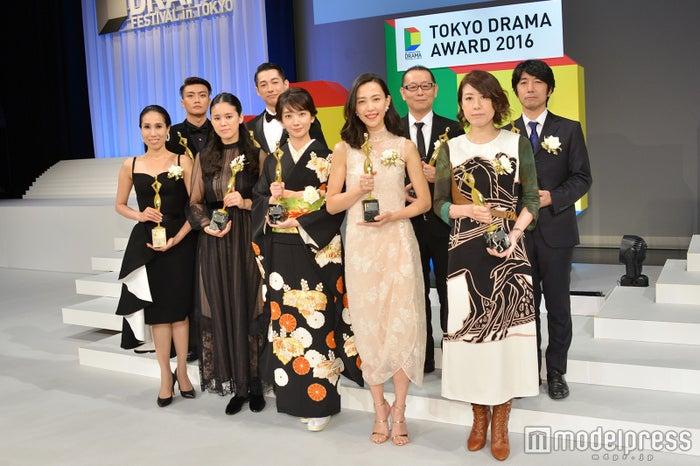 波瑠、ディーン・フジオカ、木村佳乃ら受賞「東京ドラマアウォード2016」 (C)モデルプレス