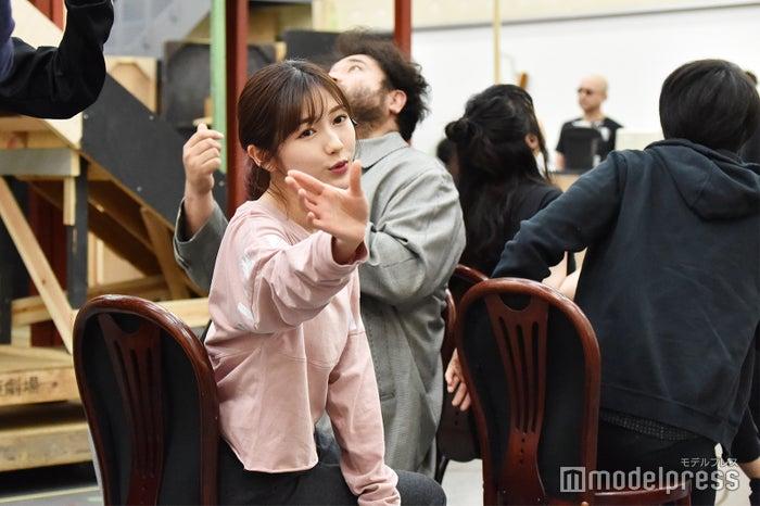 渡辺麻友/「アメリ」公開稽古の様子(C)モデルプレス