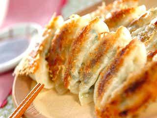 甘みたっぷり!子供も食べやすい「春キャベツの焼き餃子」レシピ
