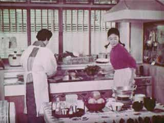 まさにリアル「サザエさん」!昭和36年のとある家族のカラー映像が微笑ましすぎる