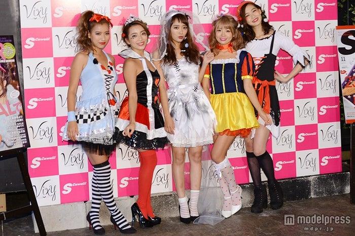 (左から)越川真美、細井宏美、近藤千尋、鈴木あや、谷川りさこ