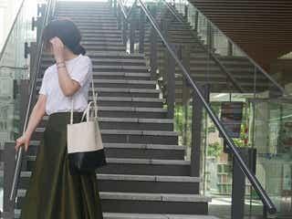 子供っぽくならない着こなしのコツとは? 小さいさんのためのフレアスカート着こなし術