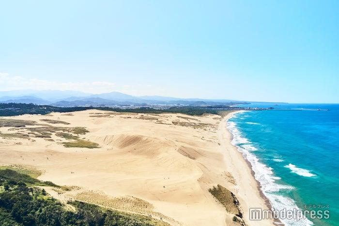 「馬の背」と呼ばれる広大な砂の丘(C)モデルプレス