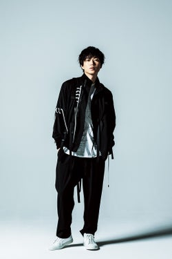 NEWS、新ドラマOP曲に決定 加藤シゲアキはゲスト出演も「丸山くんとの共演もわくわく」<よつば銀行 原島浩美がモノ申す! ~この女(ひと)に賭けろ~>