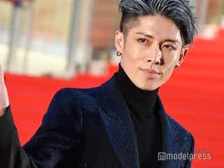 MIYAVI、圧倒的オーラで颯爽レッドカーペット クールな眼差しで魅了<第32回東京国際映画祭>