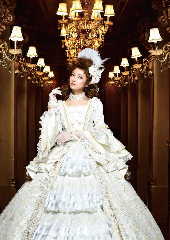 愛沢えみりキャバ嬢引退記念写真集「LAST」より(提供写真)