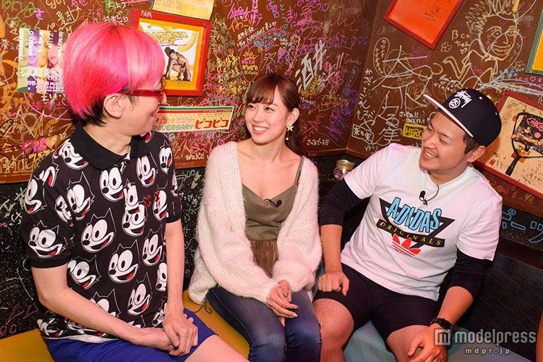 NMB48渡辺美優紀、初のゲイバーで驚き連続「…初めて言われた」大人の遊びを体験(左から)ビーコママ、渡辺美優紀、一輝くん【モデルプレス】