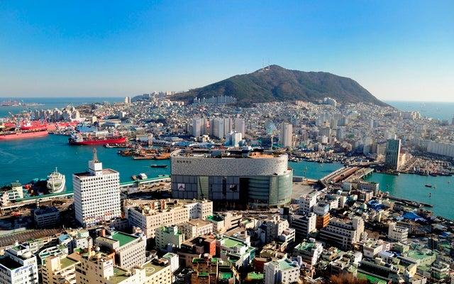 ビーチ、山、寺院と観光の魅力満載の釜山(プサン)(提供画像)