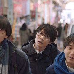 (中央)神木隆之介(提供写真)