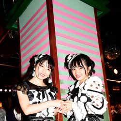 横山由依、向井地美音/「AKB48劇場13周年特別記念公演」夜公演より(C)AKS