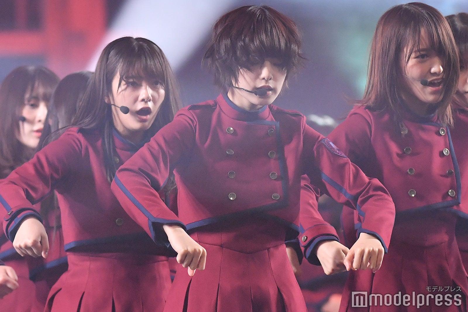 欅坂46、年明け後のメンバー写真公開 平手友梨奈・渡辺梨加らが