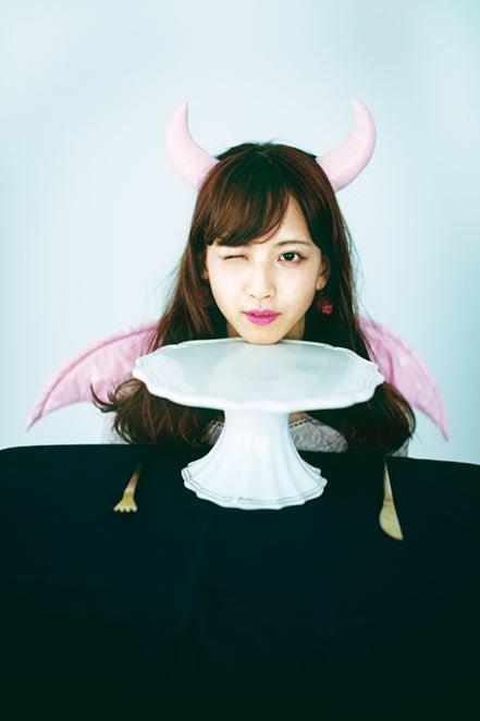 佐藤楓/雑誌「bis」11月号(写真提供:光文社)