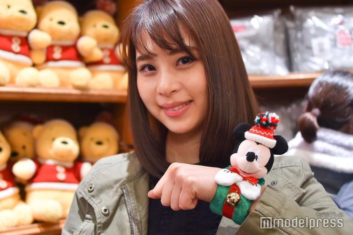 ぬいぐるみバンド¥1,500/モデル:山本成美(C)モデルプレス(C)Disney