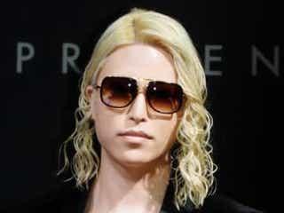 ROLAND 黒髪&短めヘアにイメチェン「かっこよすぎて震えた」「似合い過ぎ」の声