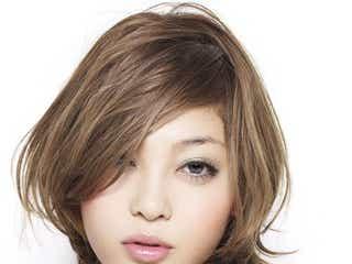 「BLENDA」モデル、結婚&妊娠を電撃発表 イケメン夫との2ショットも披露