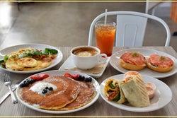 カイルアの人気カフェ「モーニングブリュー」がカカアコにオープン