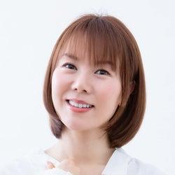 半崎美子、母の偉大さを讃えたニューシングル「母へ」収録詳細、新アー写・ジャケ写公開