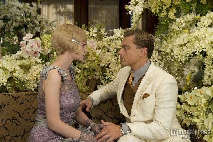 ヒロインのデイジーを演じたキャリー・マリガンと主人公のギャツビーを演じたレオナルド・ディカプリオ/(C)2013 Warner Bros. Entertainment Inc. All rights reserved.<br>