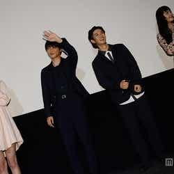 (左から)阿部菜渚美、吉沢亮、千葉雄大、松井愛莉