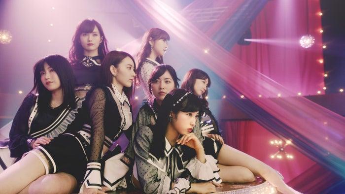 AKB48、52ndシングル「Teacher Teacher」MVより(C)AKS/キングレコード