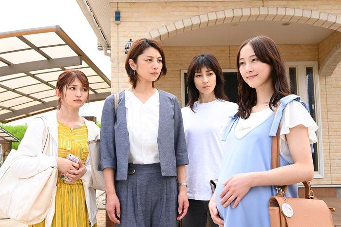 岡本玲、小池栄子、りょう、松井玲奈(C)読売テレビ