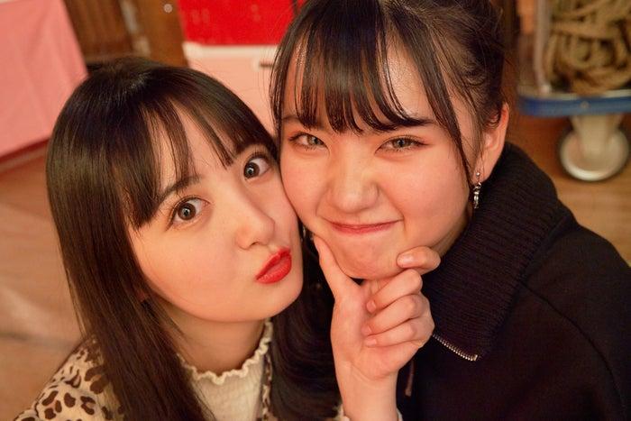 らいりー、ゆあてぃー/「Popteenカバーガール戦争」(C)AbemaTV