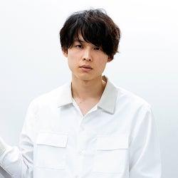 SixTONES松村北斗、新連ドラ出演決定 物語の鍵を握るピアニスト役<10の秘密>