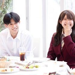 たかや、みるき「今日、好きになりました。-霞草編-」第1話より(C)AbemaTV, Inc.