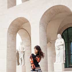 モデルプレス - 馬場ふみか「FENDI」イベントに日本から唯一参加 0泊3日でローマへ