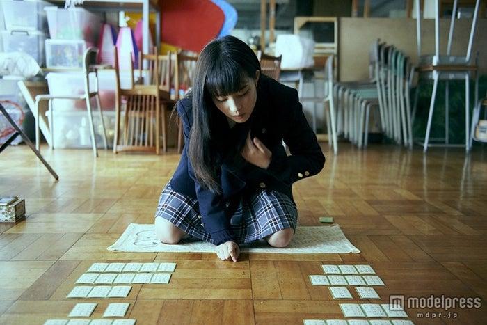 広瀬すず(C)2016映画「ちはやふる」製作委員会(C)末次由紀/講談社