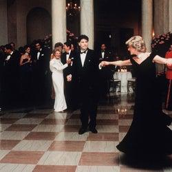 ジョン・トラボルタ、ダイアナ元妃とのダンスはおとぎ話のようだった。