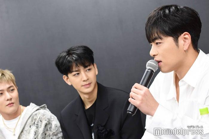 DK、SONG、JU-NE (C)モデルプレス