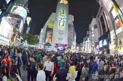 <ハロウィン>渋谷に「歩行者天国」出現 コス集団大殺到で通行規制