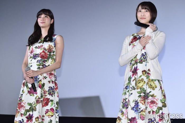 新川優愛、松井玲奈 (C)モデルプレス