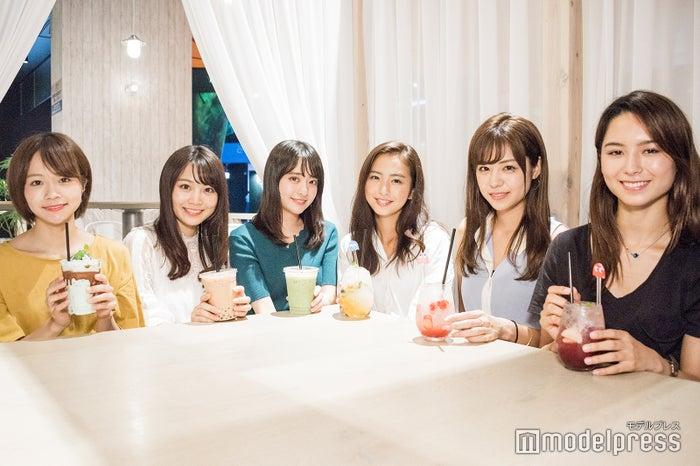 (左から)荒谷柚風さん、篭嶋佑実さん、末吉瞳さん、田本詩織さん、齊藤紫帆さん、ヴァッツ美良さん(C)モデルプレス