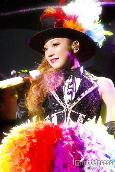 西野カナ2nd LIVE DVD & Blu-ray Disc 「Kanayan Tour 2012 ~Arena~」 (4月17日発売)