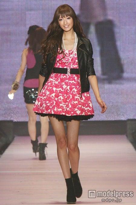 2009年の「Miss TGC」に参加した菜々緒/(C)Miss TGC 2014