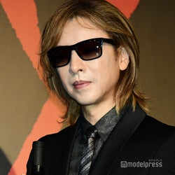 """X JAPAN・YOSHIKI、うつ病を患っていた 昨年からLAで治療「みんなのためにも""""微笑む""""、と決めていた」"""