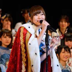 モデルプレス - HKT48指原莉乃、総選挙スピーチ中にアイメイク気にする女子続出「キラキラでかわいい」「シャドウどこの?」使用コスメ明かす