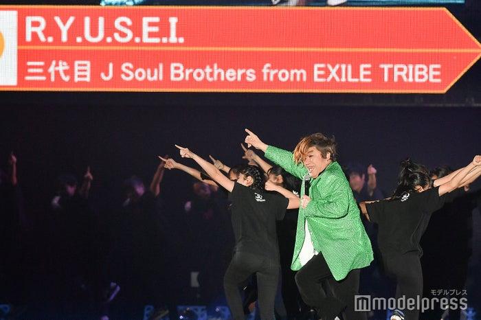 「R.Y.U.S.E.I.」を踊るコロッケ(C)モデルプレス